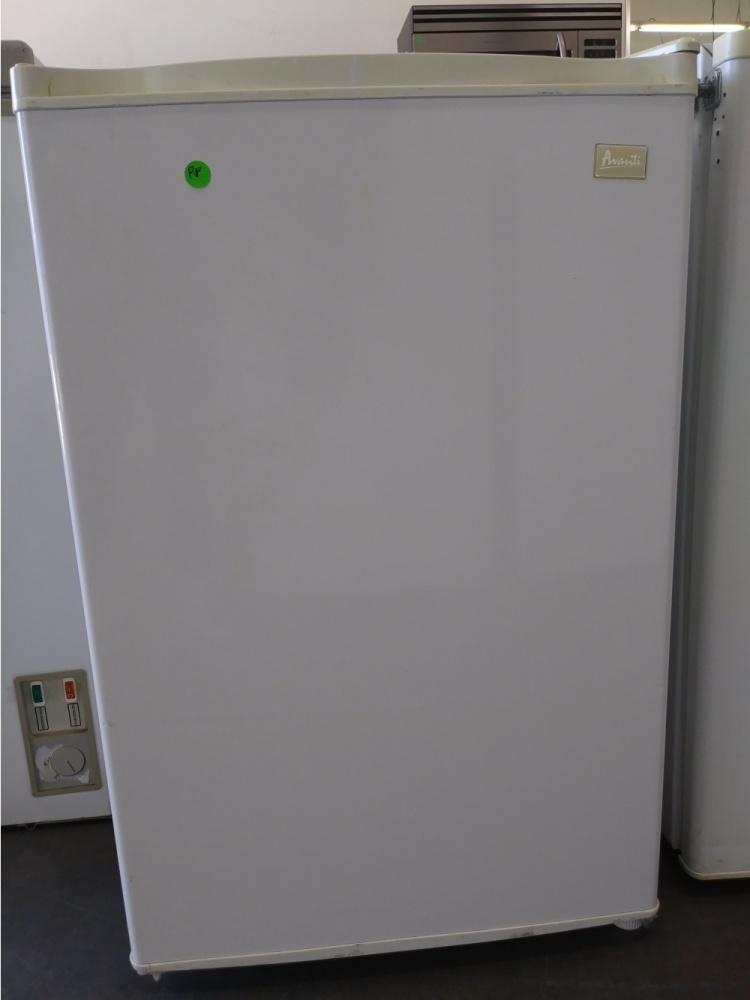 AVANTI MINI FRIDGE *OUT OF STOCK* - Kimo\'s Appliances Van Nuys