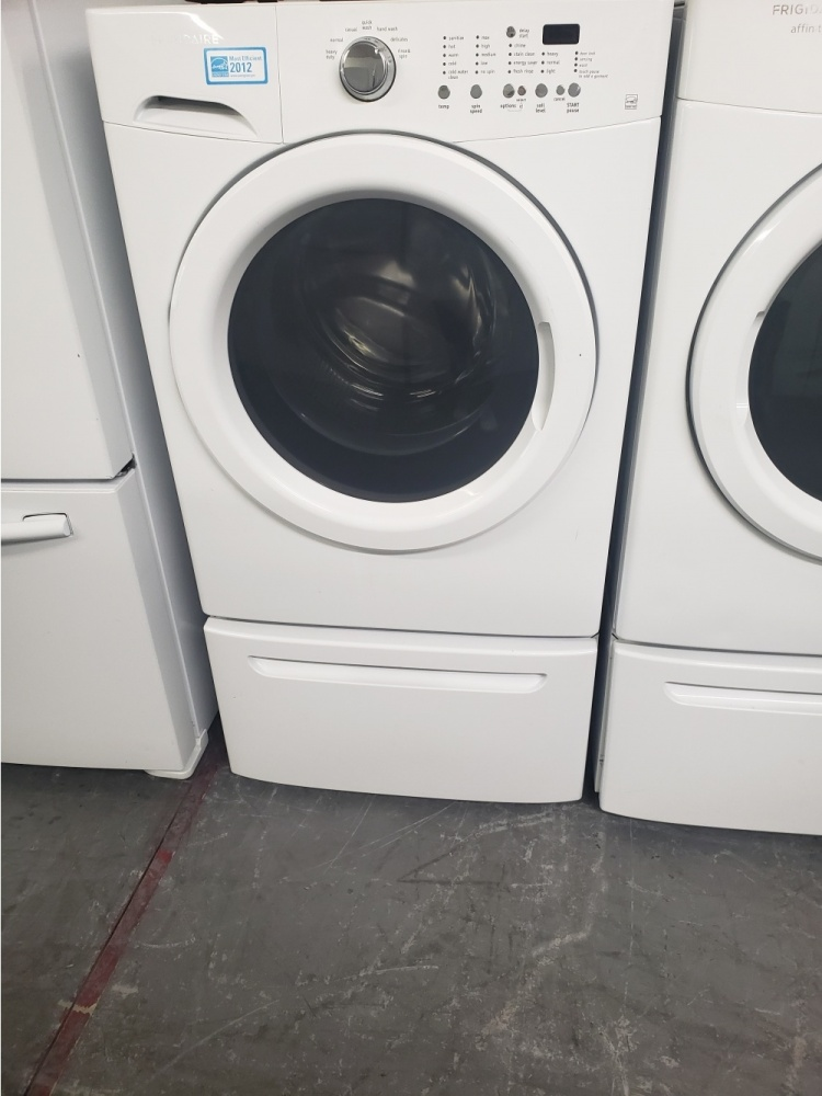 Frigidaire Affinity Front Load Washer And Gas Dryer Set
