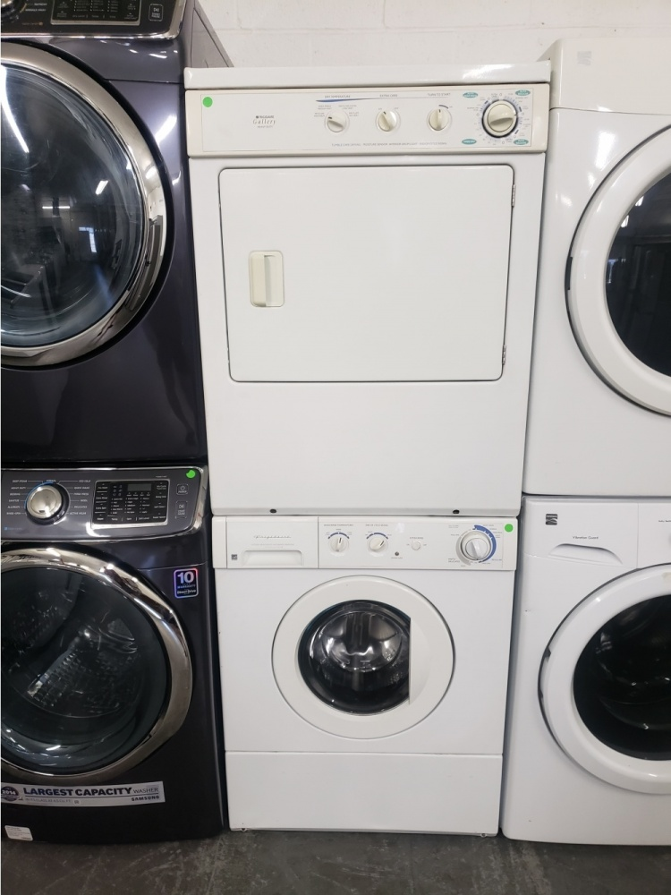 Frigidaire Gallery 3 1 Cu Ft Stacked Washer And Dryer