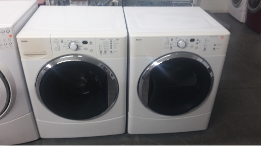 kenmore he2 white front load washer w gas dryer set