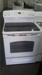 Ge White 30 Quot Glass Top 220v Electric Range Out Of Stock