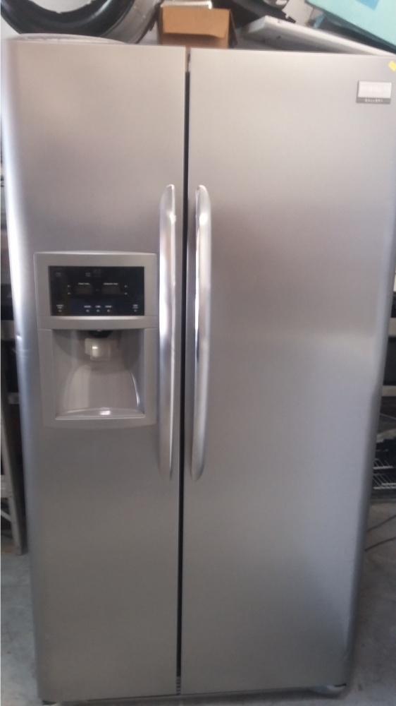 Frigidaire Gallery 36 Quot Stainless Side By Side Counter