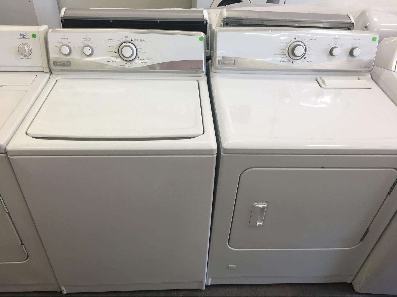Maytag White Top Loading Washer W Gas Dryer Set Out Of