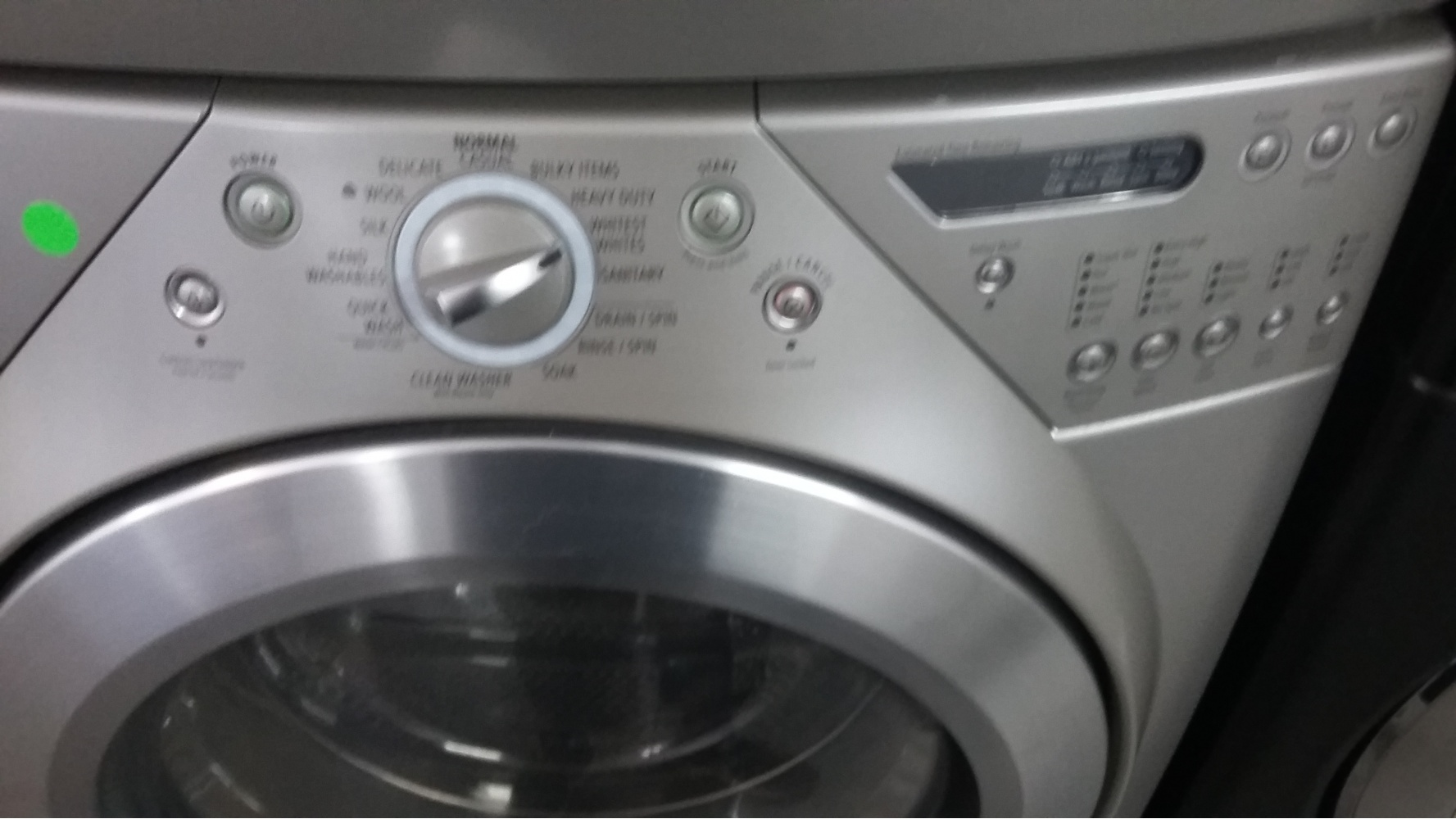 Whirlpool Duet Silver Front Load Washer W Gas Dryer Set