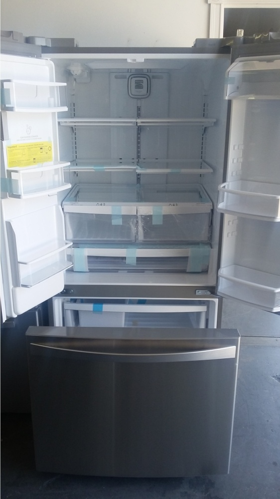 Kenmore 33 Quot Stainless Steel French Door Refrigerator Out